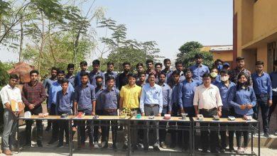 Photo of मंदसौर विश्वविद्यालय के छात्रों ने सोलर से चलाई कारें, जीते पुरस्कार