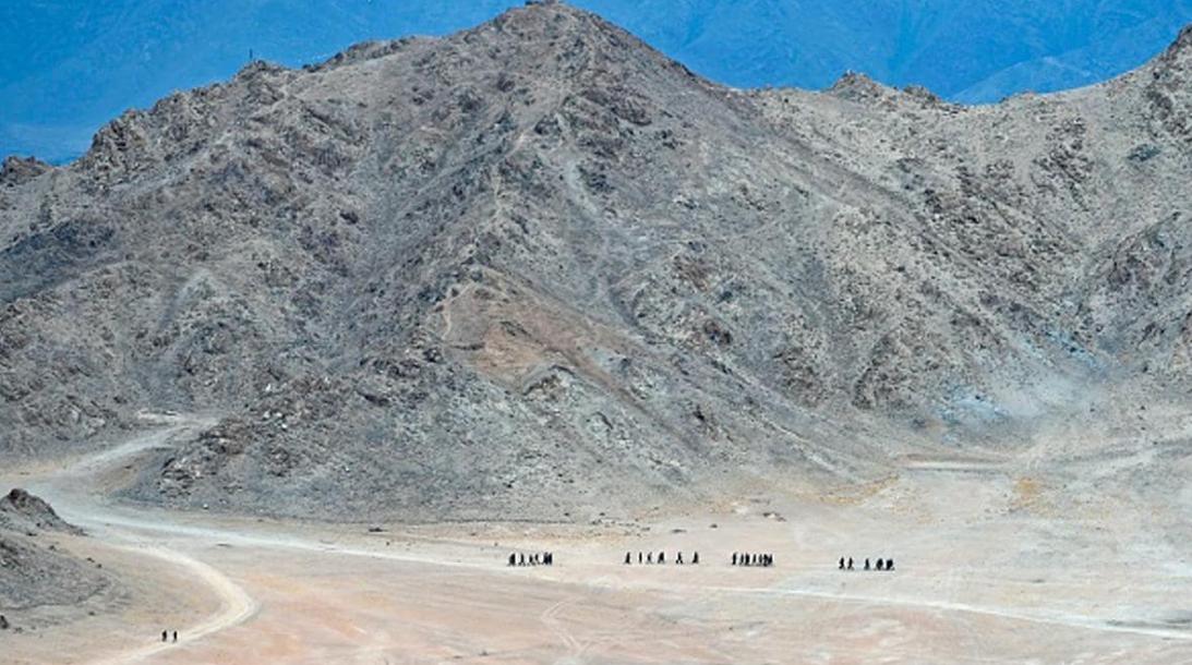 Photo of पूर्वी लद्दाख में ठंड के चलते चीन के डगमगाए कदम, सीमा से 10 हजार सैनिक हटाए